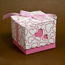 Бонбоньерка с  розовыми сердечками