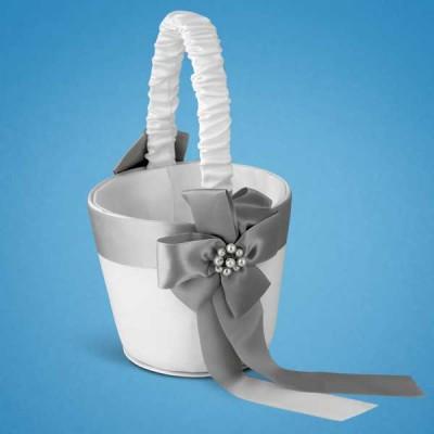 Корзинка для лепестков с серым цветком