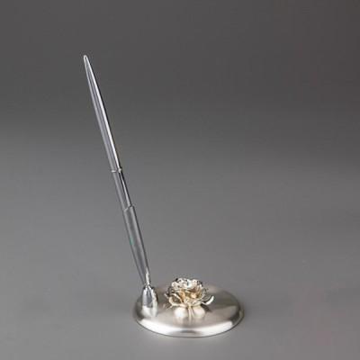 Свадебная ручка на металлической подставке