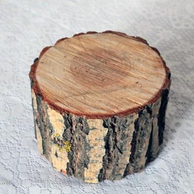 Деревянный спил высокий