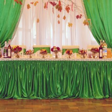 Банкетная юбка зеленого цвета