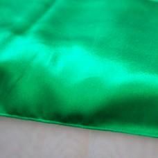Дорожка на стол зеленого цвета